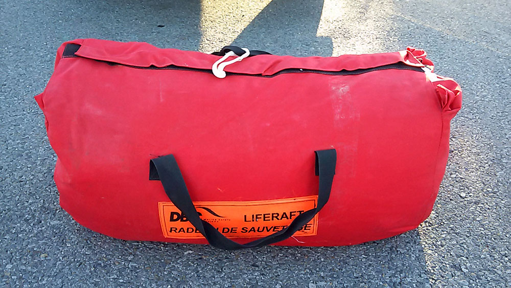 For Sale: DBC 4 Person Offshore Life Raft (Bay Area