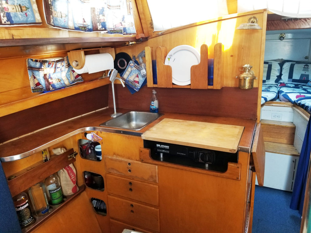 SOLD] 1969 (Alberg) Oceana 30 Pocket Cruiser in SF Bay Area